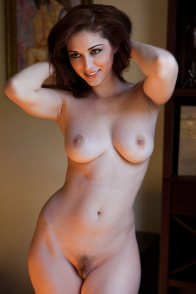 Woman naked photos